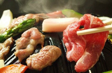北海道観光のお客様も必見!某雑誌でジンギスカン個人店No.1の味を堪能!