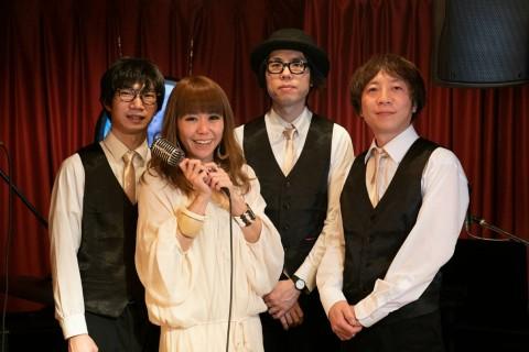 札幌ケントスでボーカルを勤めたJILLと実力派メンバーがオールディーズ、昭和歌謡を1日5回生演奏する。
